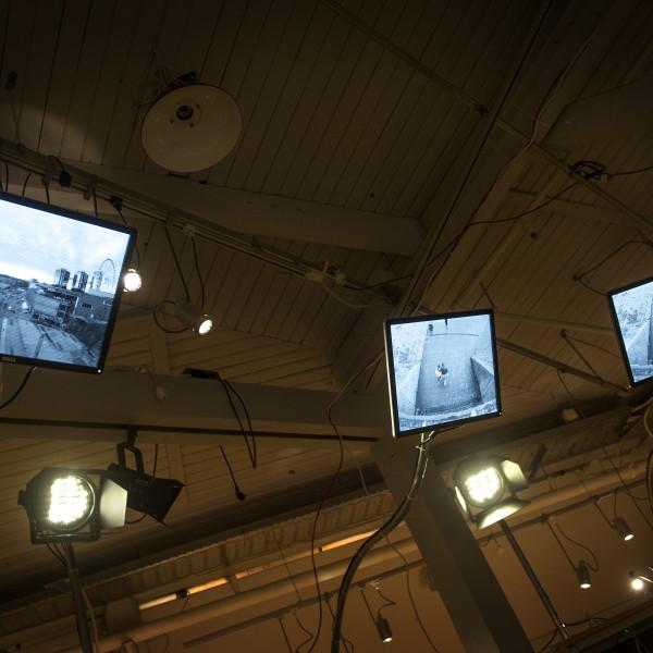 Övervakningsbilder med små scener i